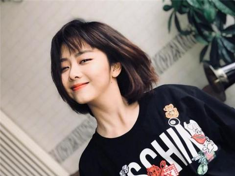 """""""最受欢迎""""女演员公布:杨幂第4,宋茜第2,榜首是33岁的她"""