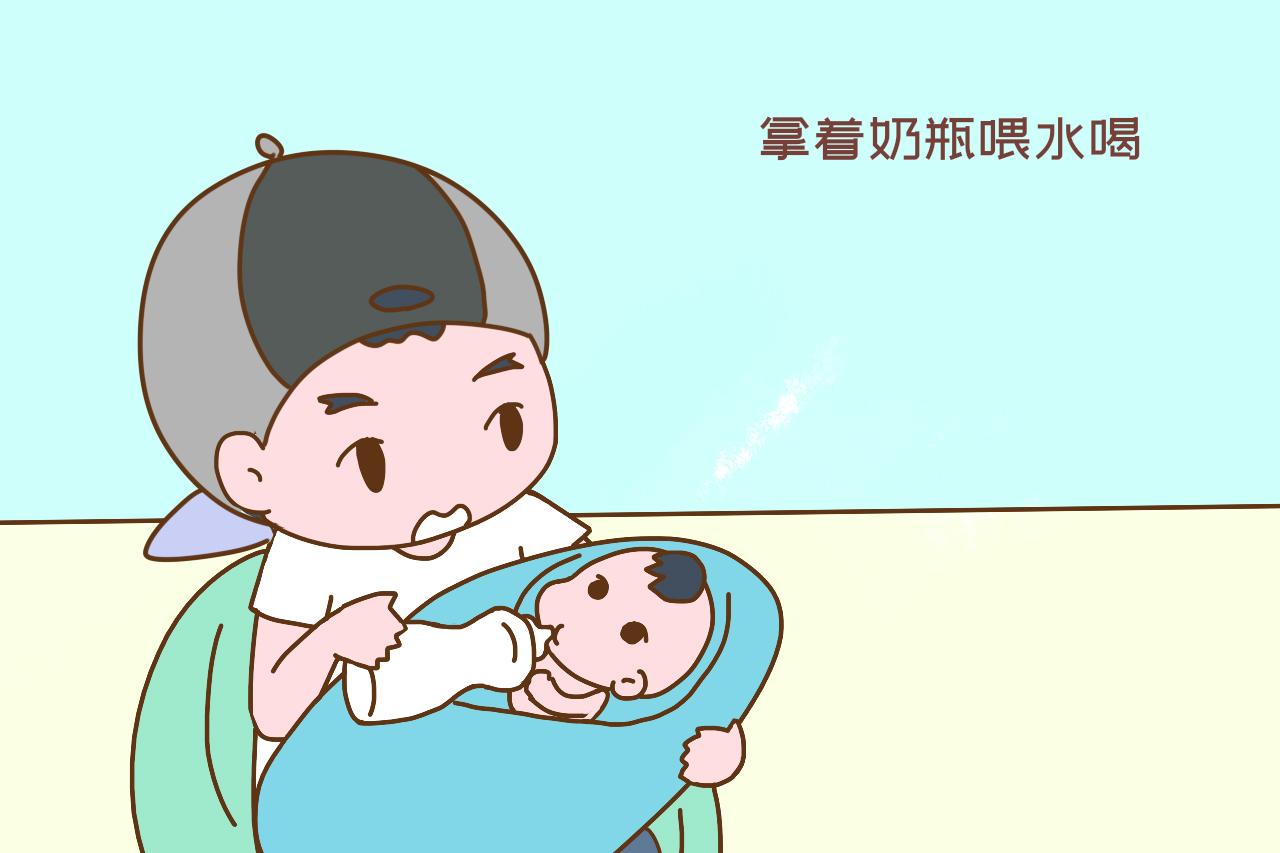 家人围坐吃饭,小男孩突然抱走妈妈怀里的妹妹,说的话让人泪目