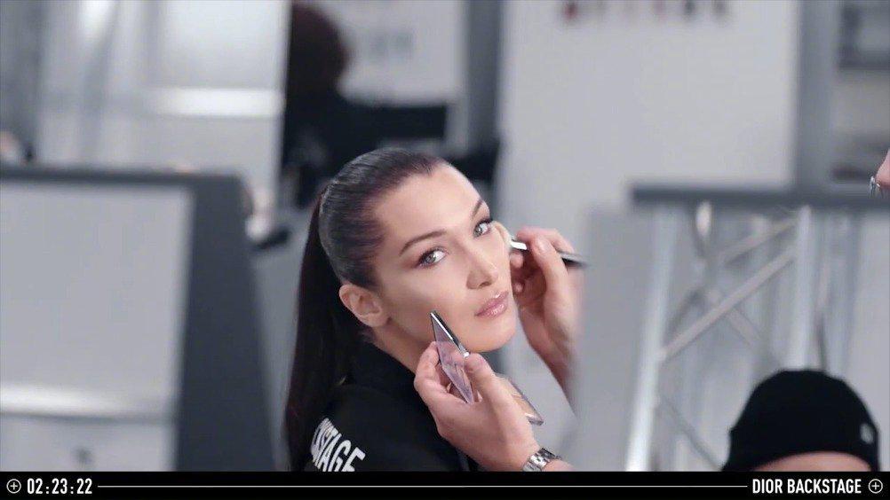 Bella Hadid演绎Dior Backstage彩妆