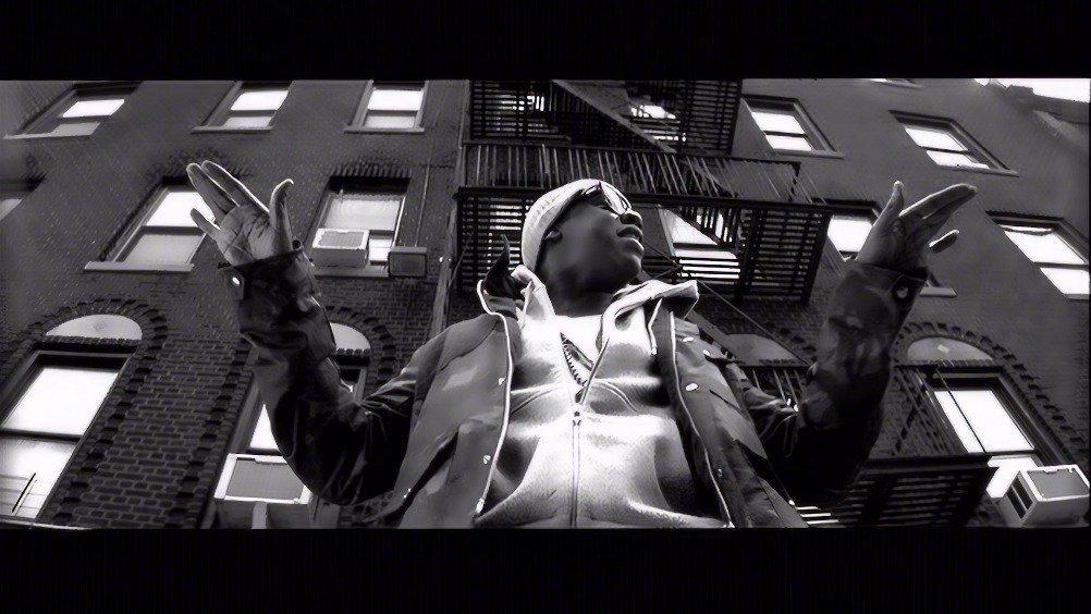 今天是Jay-Z和Alicia Keys合作的《Empire State of Mind》