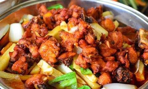 干锅鸡,经典川菜,香辣过瘾,营养丰富促进食欲