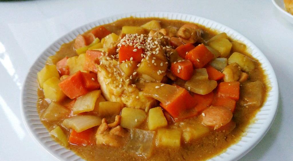 椰香咖喱杂蔬鸡:充满异域风情,做法也简单