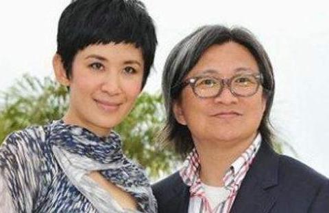 """有种""""遗传""""叫吴君如女儿,14岁身高接近妈妈,跟爸爸一样文艺"""