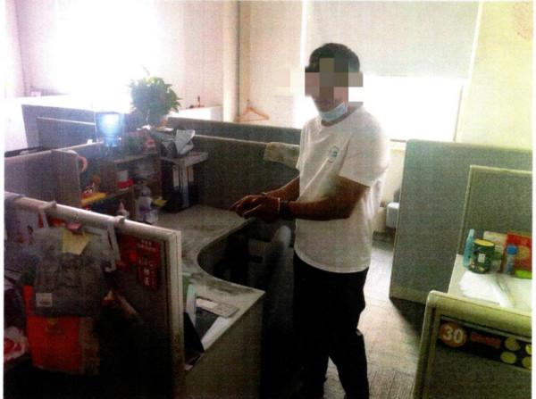 外卖员送餐发现办公楼安防存漏洞, 夜晚伺机行窃