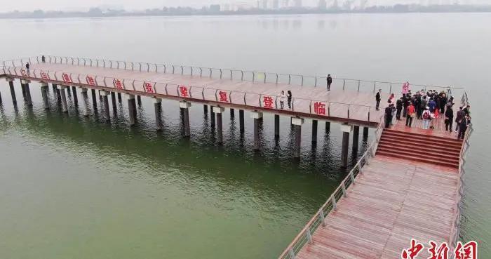 """湖北襄阳建鱼梁洲环岛景观带 打造城市""""绿肺"""""""