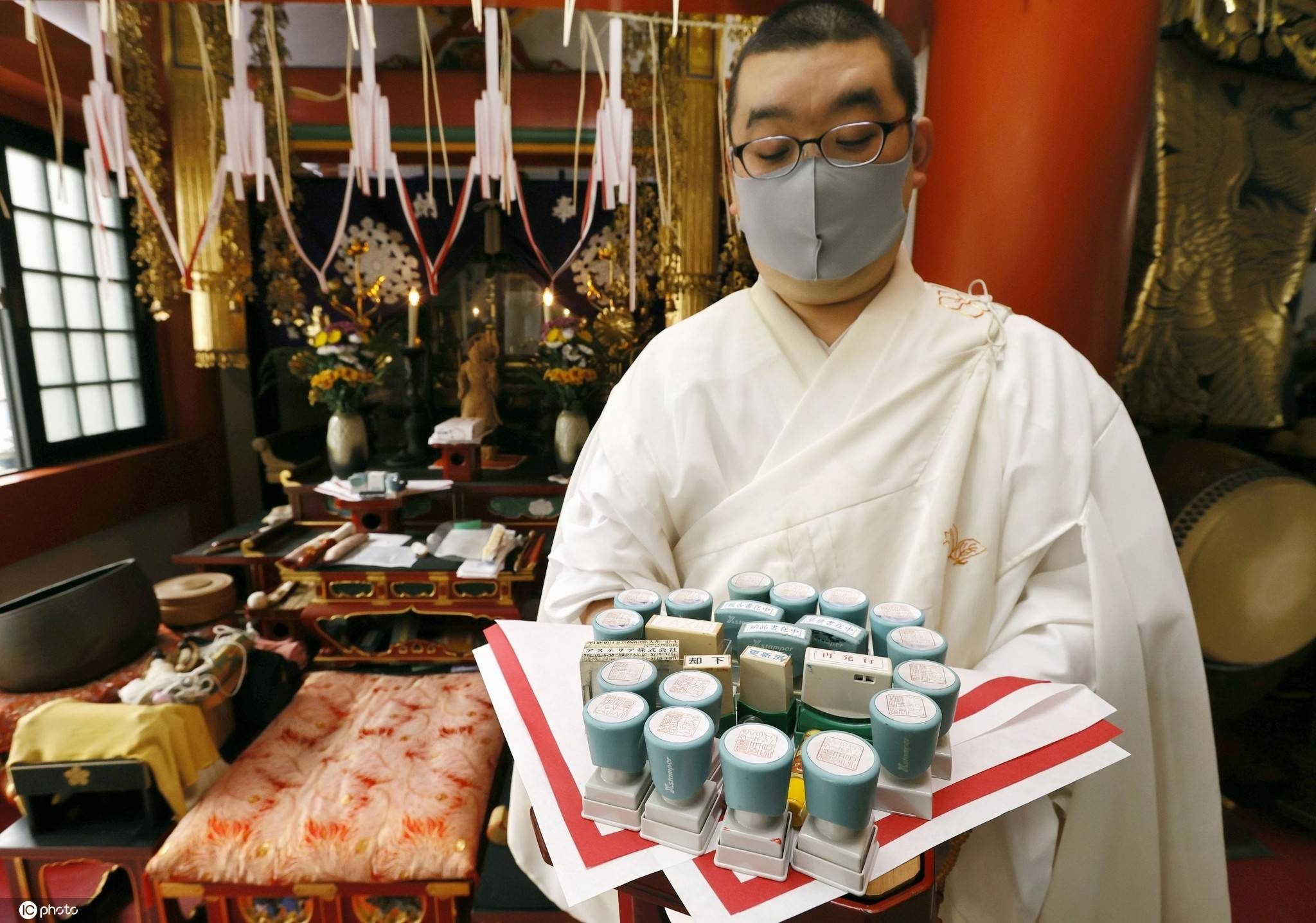 """企业数字化程度提高日本寺庙为印章举行""""葬礼"""""""