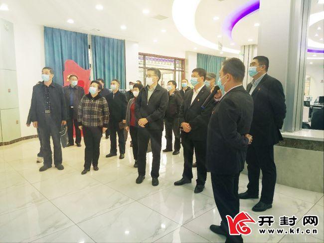 上海市人大常委会部门负责人到杏花营街道考察应急体系能力建设等工作