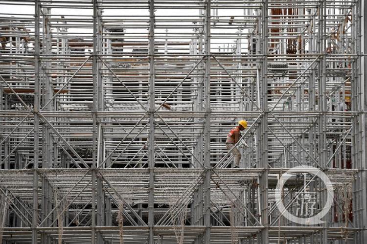 华南地区最大地铁装配式建筑 广州市地铁十八号线陇枕停车场上盖即将封顶