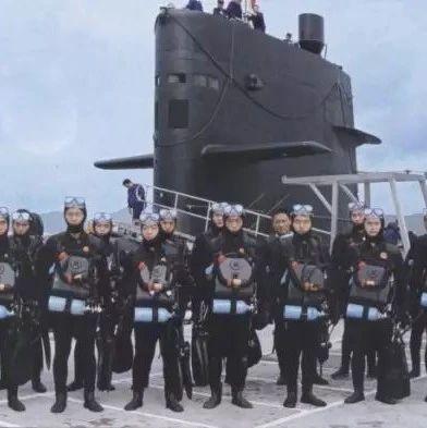 中国和越南战斗蛙人的较量:他们曾经炸沉了美国航空母舰