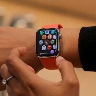 部分用户反映Apple Watch SE出现过热问题,手表右上角出现黄色斑点
