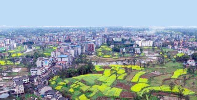 """四川广安岳池县是一个城镇,但它的名字是""""县"""