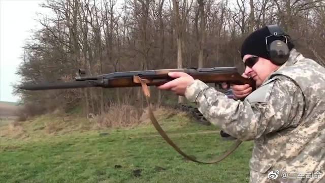 另类的捷克VZ5257半自动步枪,弹匣供弹试射