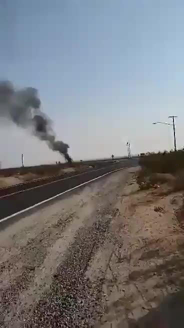 美军F18战斗机坠毁