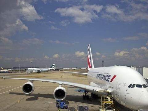 世界上最大的客机空客A380即将被拆解!法航:太贵了养不起