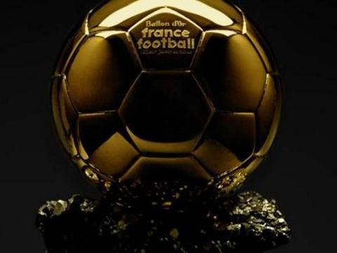 在取消金球奖后,《法国足球》又做出争议决定,令球员彻底愤怒