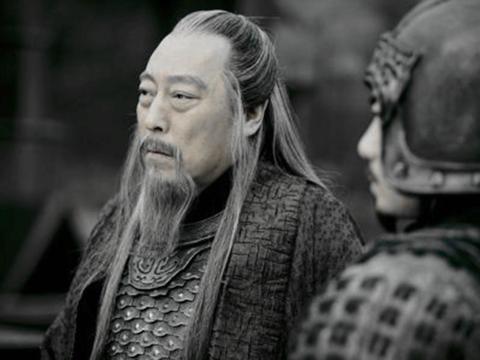 夏侯惇的战绩已经够惨了,其实还有一人可与其相比,他就是诸葛瑾