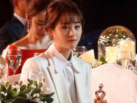 2020.10.21最新娱乐资讯:唐嫣、张艺兴、郑爽、易烊千玺、周深