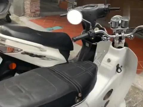 台湾台北市,满街都是摩托车,都是什么牌子的?买一辆要多少钱?