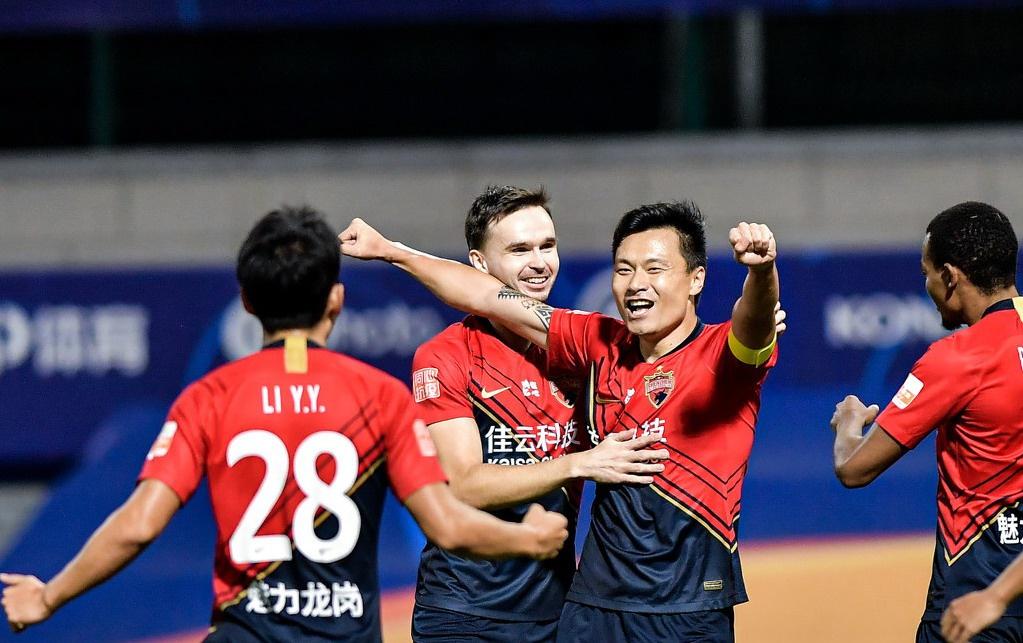 中超深圳佳兆业VS天津泰达名单出炉,首发4外援PK,郜林对决荣昊