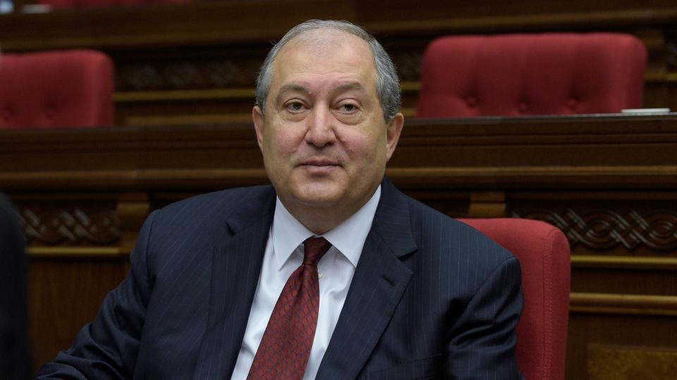 亚美尼亚总统赴布鲁塞尔与欧盟和北约讨论纳卡问题