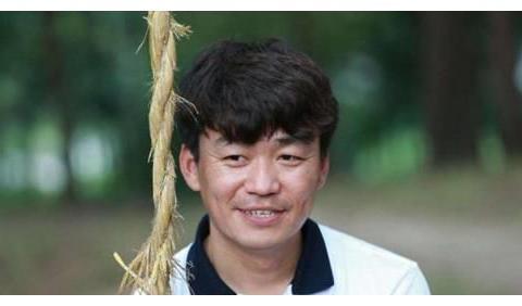 50岁刘若英和35岁王宝强,原来还有这层关系?终于藏不住了