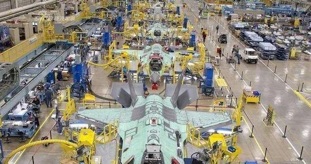 隐身战机机体寿命:苏57能坚持6000小时,F35达1万小时,歼20多久