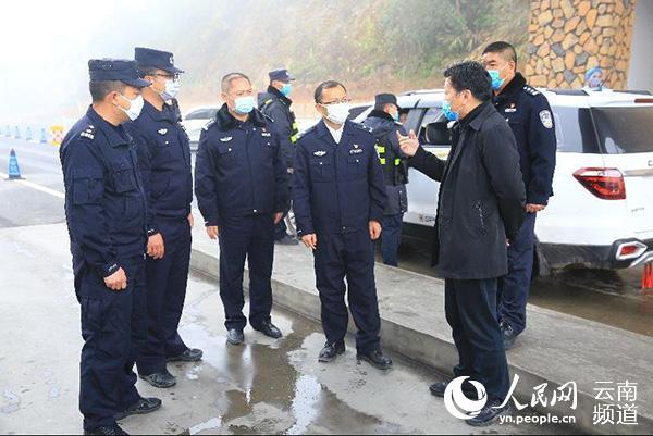 红河公安:以防为先以打开路筑牢边境防控网