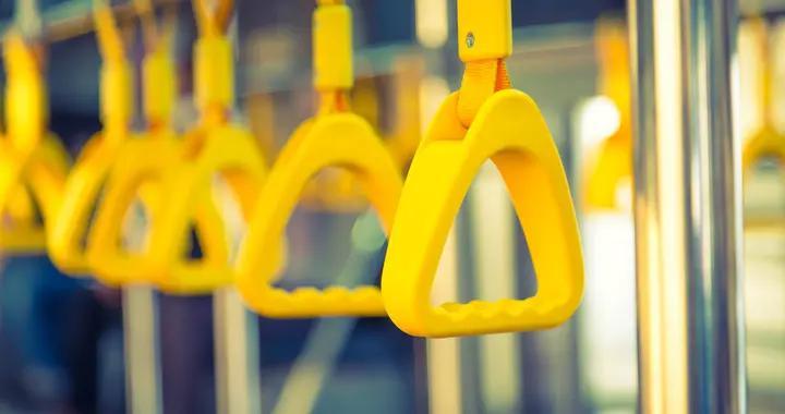 10月26日起,这些公交线路增设中途站位、调整营业时间