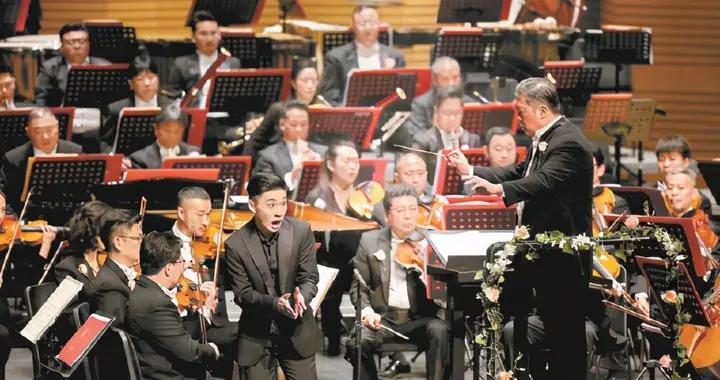 北京国际音乐节上演闭幕音乐会,00后们登台献艺为中国爱乐庆生