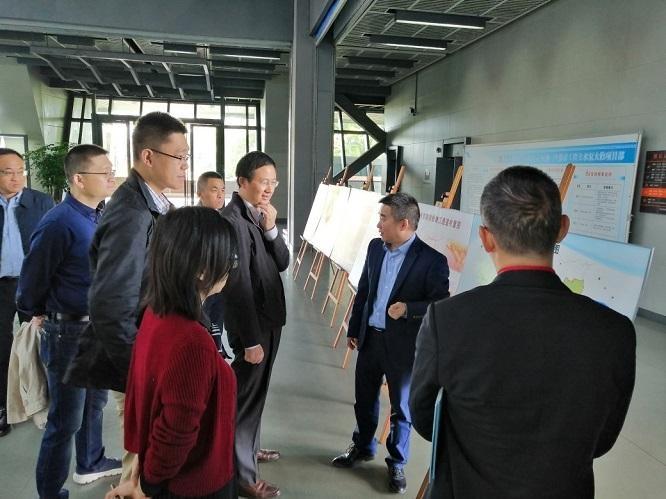 国家发改委投资司刘世虎副司长一行考察三堡排涝工程