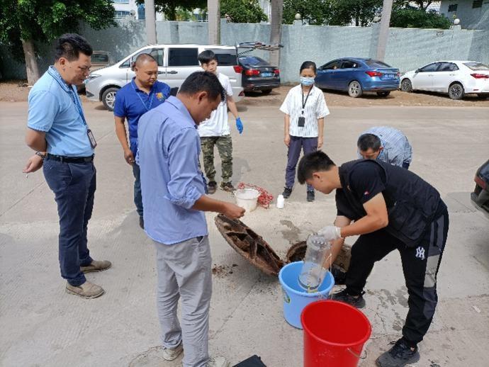 通过化粪池偷排工业废水,东莞塘厦一家玻璃厂被立案查处!