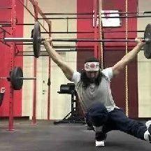 ▶️ 最会作死的健身者,心疼他的脊柱和膝盖1秒.…