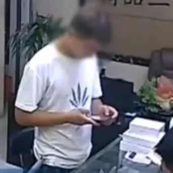 拿了手机就跑!警方破获团伙盗窃案