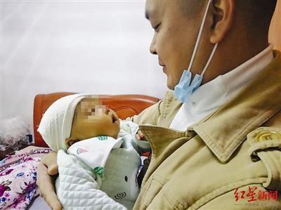 """女儿降生不到3个月被确诊胆道闭锁 """"80后""""父亲捐肝救女"""