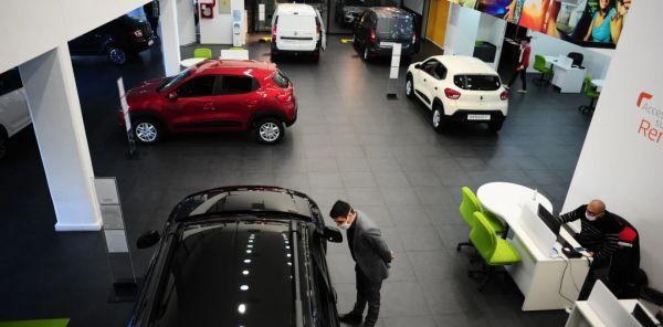 美元黑市汇率不稳,阿根廷汽车经销商暂停销售