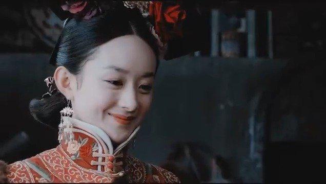 还记得赵丽颖在宫锁沉香里饰演的反面角色吗?
