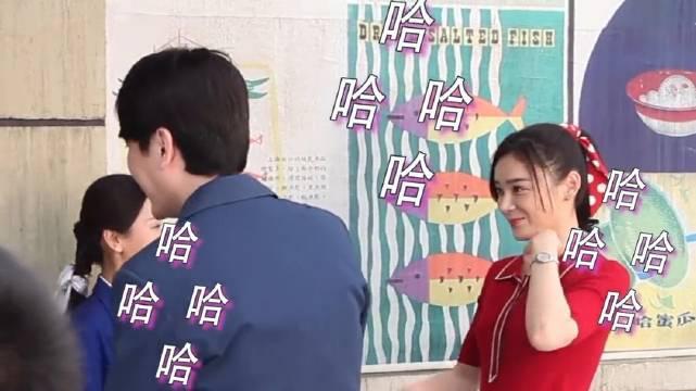《创业年代》花絮:袁姗姗被胡乱飘起的刘海弄笑场