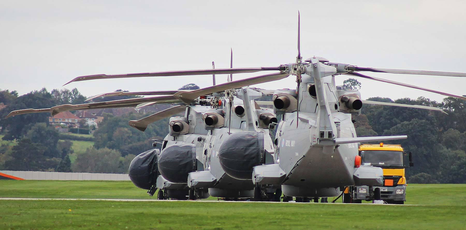 仍在努力推进的灰背隼/鸦巢舰载预警直升机