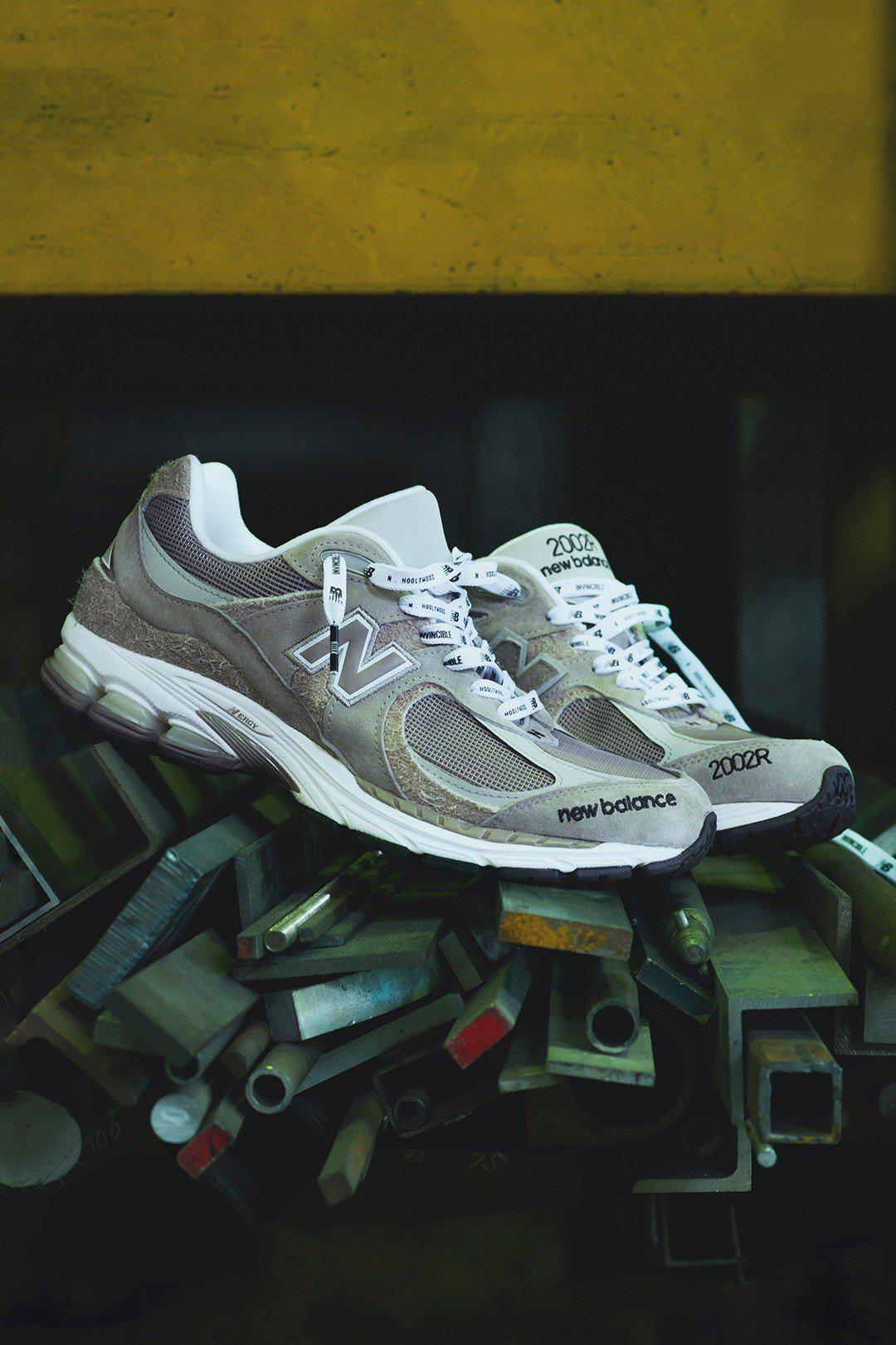INVINCIBLE x N.HOOLYWOOD x New Balance 三方联名 ML2002RV