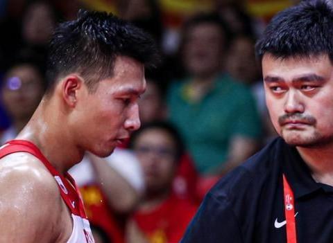 68+18+8!中国男篮超级中锋出现,感谢首钢让他证明了自己