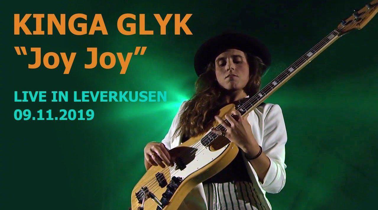 波兰的Funky贝斯手都是这么猛的吗?KINGA GŁYK - Joy Joy