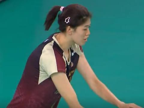 全锦赛:夺冠热门遭遇,李盈莹对决张常宁,首局25:22很经典