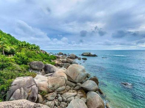探访三亚大小洞天,赏海上奇观美景,岩奇洞幽