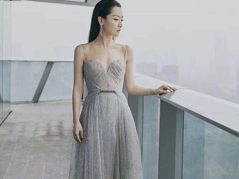 范冰冰造型师否认替白冰借高定礼服:我不认识她