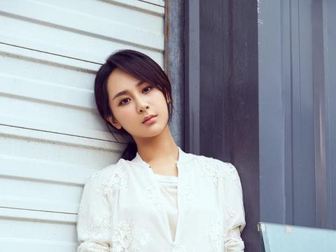 被长辈说不好看的杨紫,不但没退出娱乐圈,而且成为了新生代明星