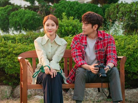 《爱我的间谍》首播,刘仁娜文晸赫主演,和前夫哥谈恋爱的烂俗剧