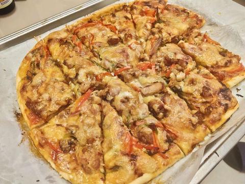 自制香到流口水的鸡肉火腿平菇披萨