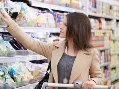 不适合孩子们吃的4种肉类食品,肉罐头上榜,家长们要注意了!