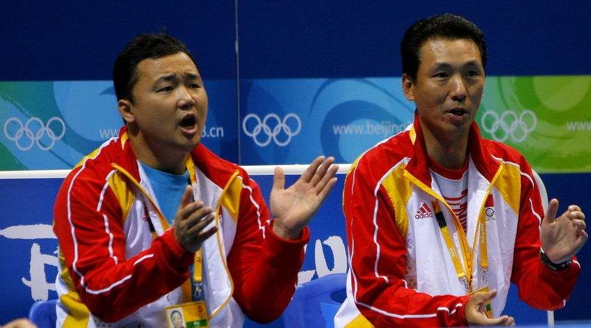 他与李永波关系铁,娶跳水总教练,今卸任国羽职位,改教青年队