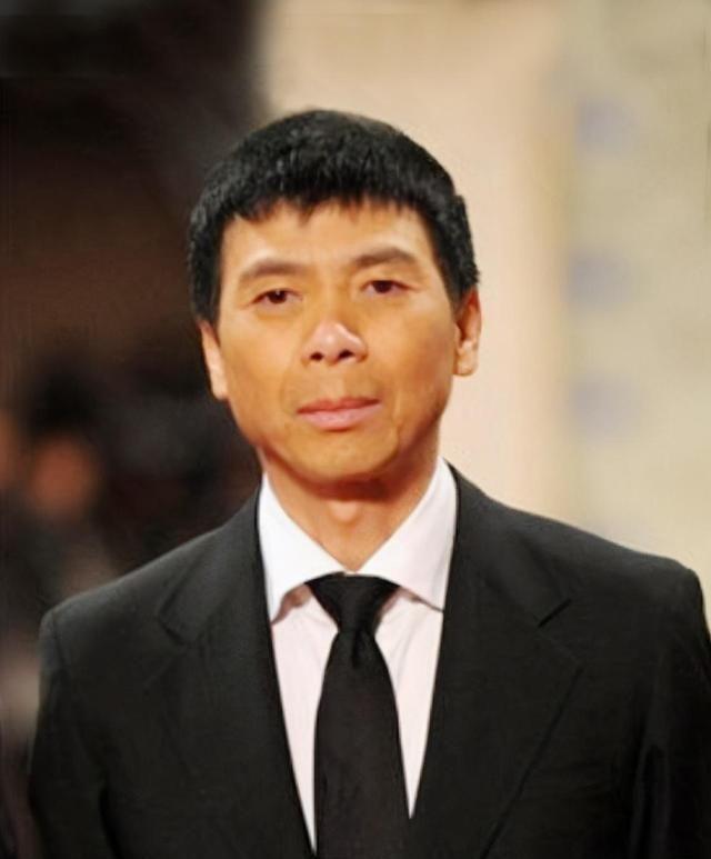 冯小刚:我对前妻有一辈子的愧疚